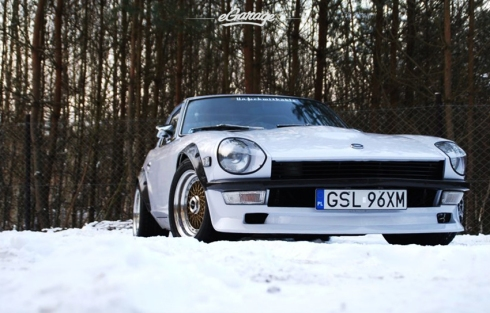 eGarage Datsun 240z HRE wheels