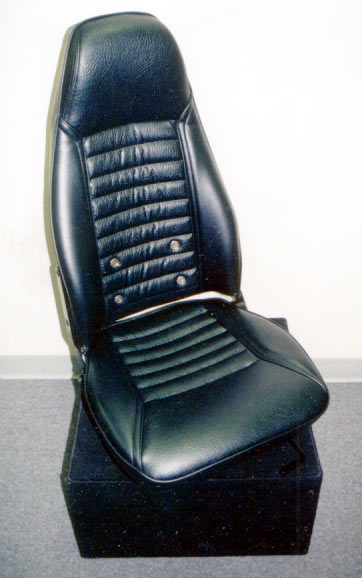 240z seat - DailyDatsun.com