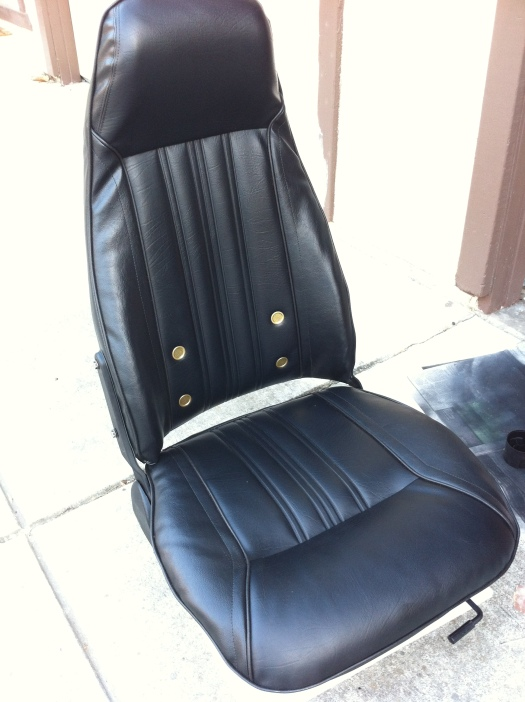 Datsun 280z seat - seat completed