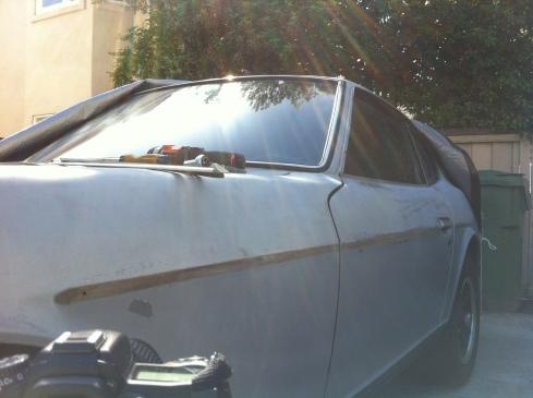Datsun 280z - no side molding