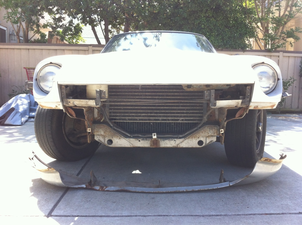 Datsun 280z front valance removed - front