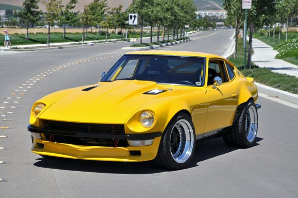 Daily-Datsun-CL-yellow-280z-600hp-121205-1
