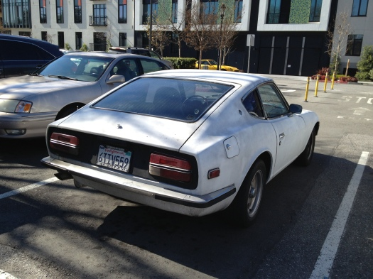 Daily-Datsun-Zpotted-white-240z-3