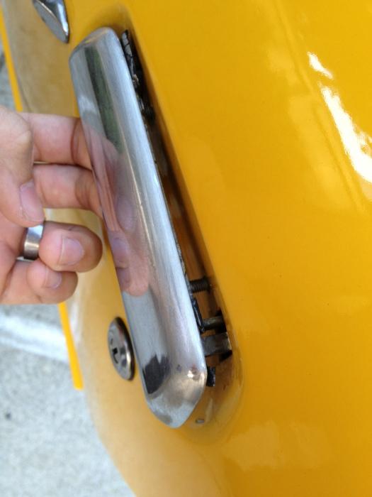 Daily-Datsun-Door-handle (8)