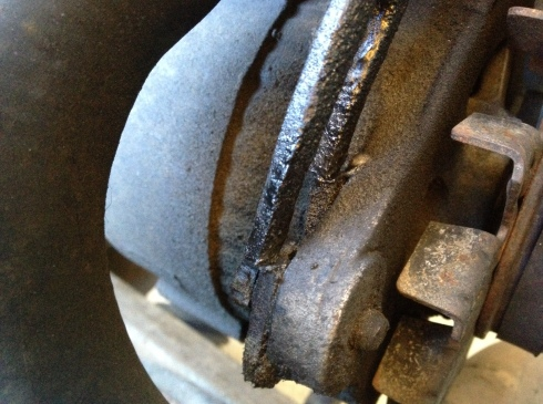 Daily-Datsun-broken-alternator-bracket